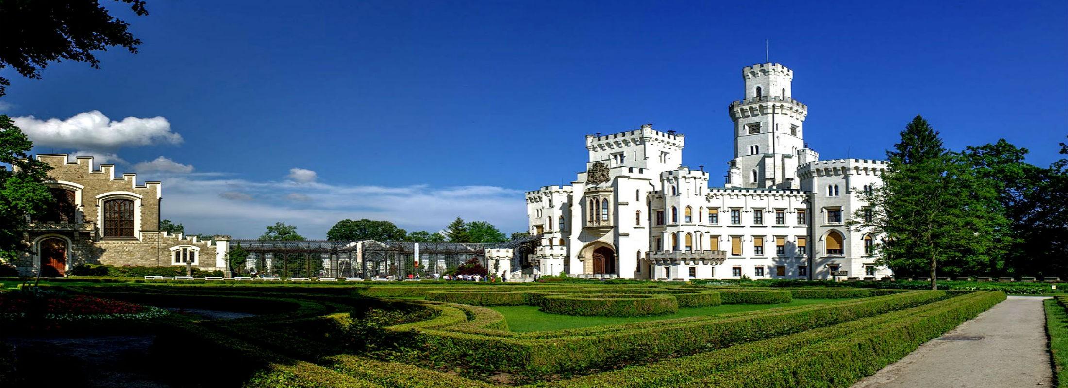 Экскурсия в замок Орлик и Глубока над Влтавой