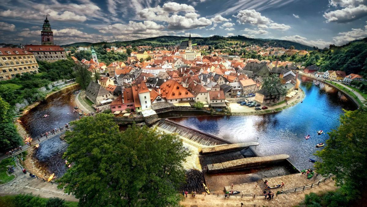Экскурсия в замок Рожмберг и средневековый город Чешский Крумлов