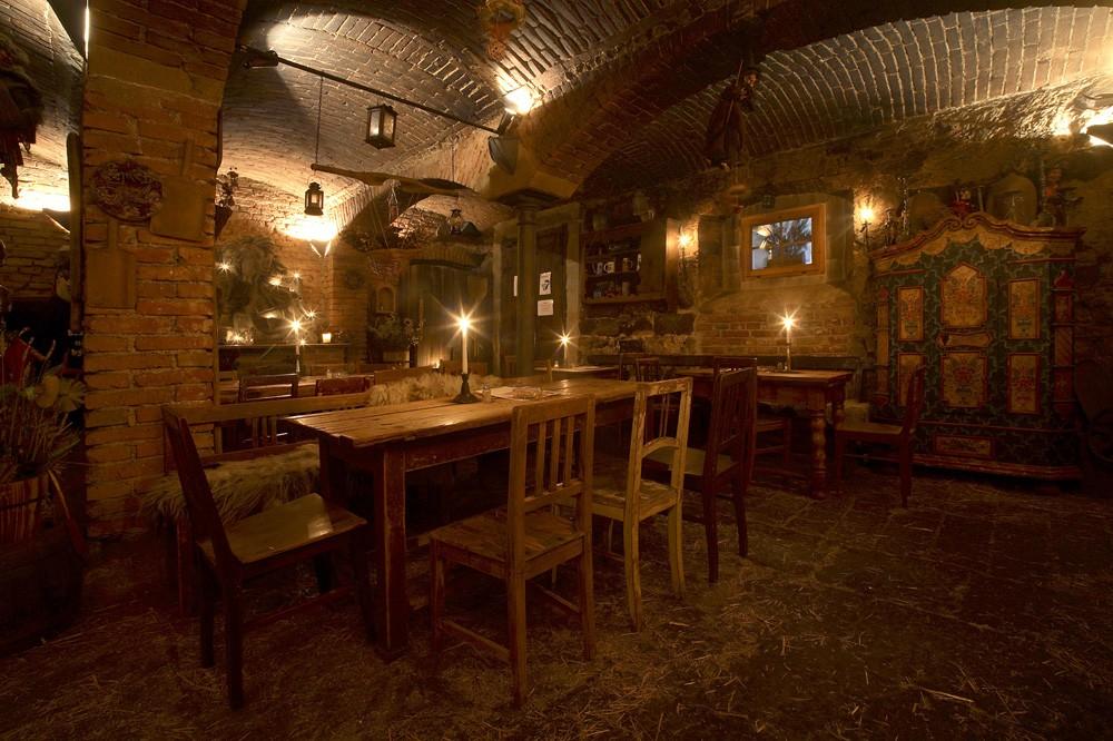 Экскурсия из Праги в замок Детенице и корчму