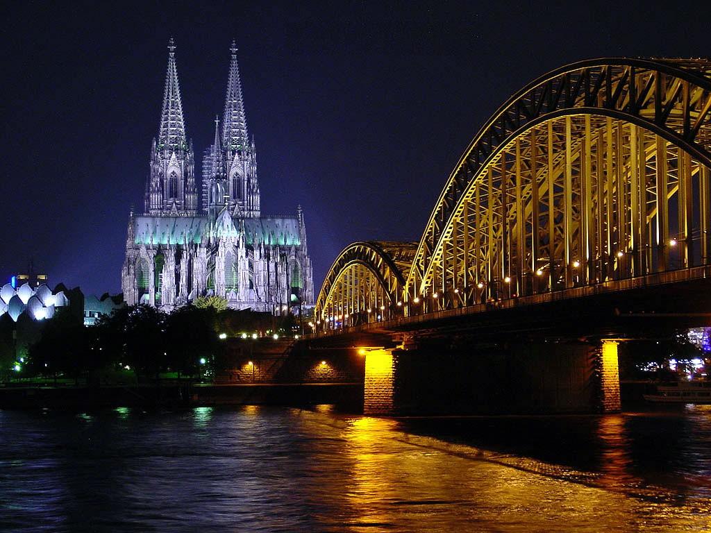 Экскурсия из Праги в Бенилюкс