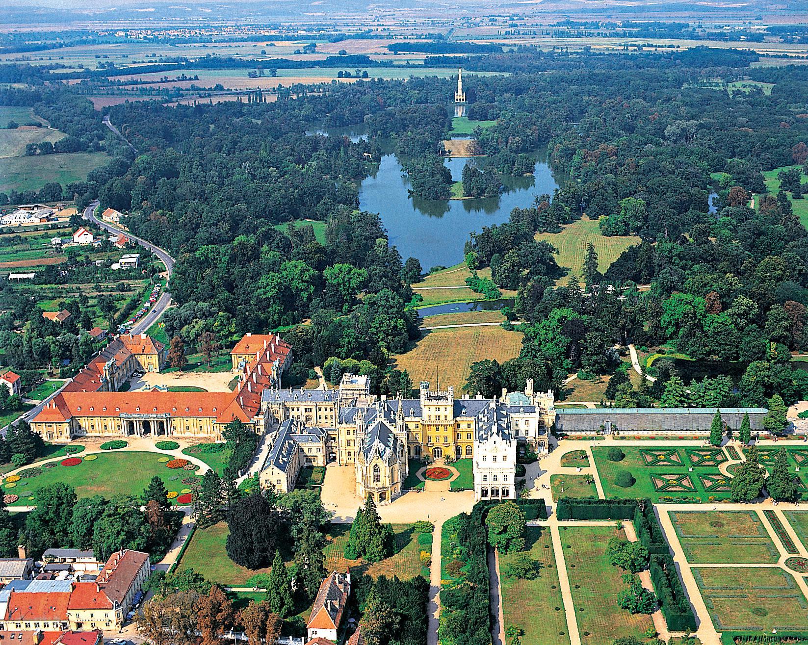 Индивидуальные экскурсии по Чехии и Европе
