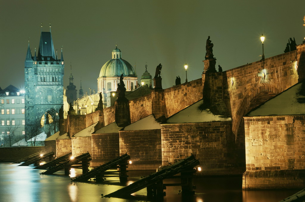 Карлов-мост-Прага